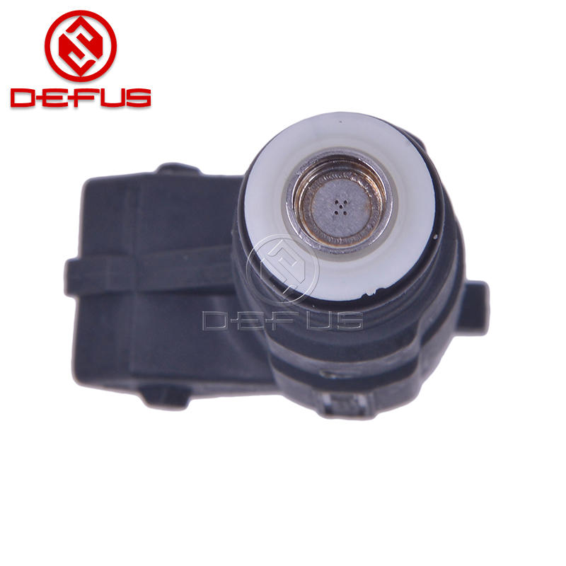 Fuel Injector 0280155921 for Audi A6 A8 Quattro VW Touareg 4.2L