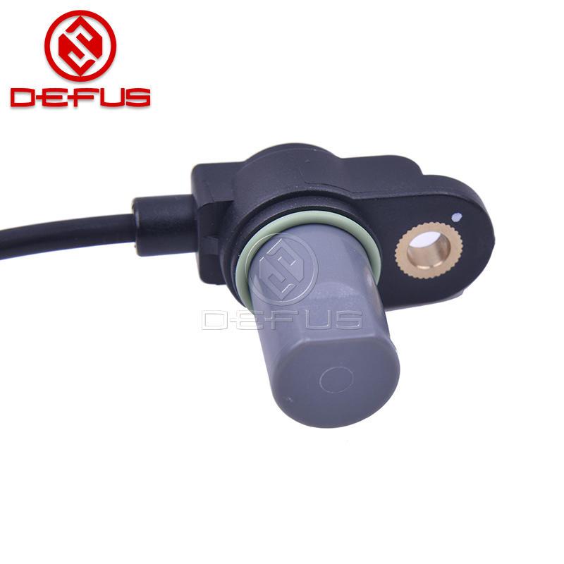 Camshaft Position Sensor 3935037110 for 99-08 Hyundai Kia 2.5L 2.7L