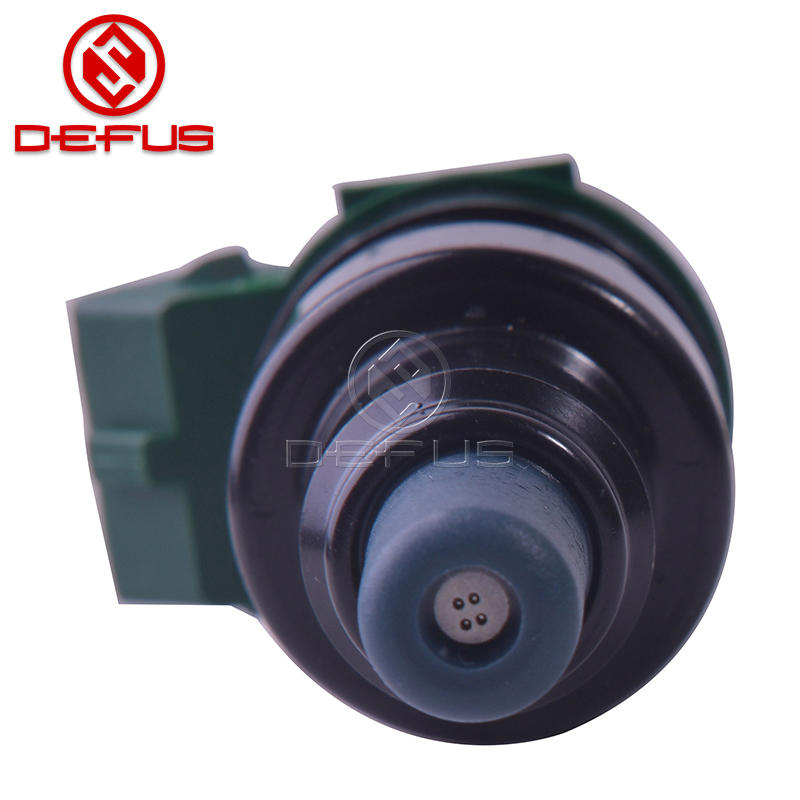DEFUS fuel injector OEM 028015003 for Benz 8(W114) S-class(W116)